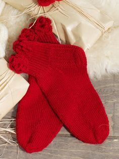 Nordic Yarns and Design since 1928 Knitting Socks, Knit Socks, One Color, Colour, Christmas Stockings, Holiday Decor, Knits, Design, Cast On Knitting