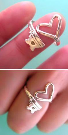 Skeleton Heart Key Ring ♥