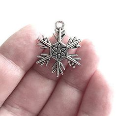10 Snowflake Charms Antique Silver Tone Pendants by JWRSupply