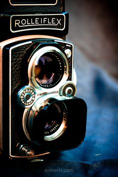 My personal rolleiflex. A mythical camera for incredible photos. I love it !