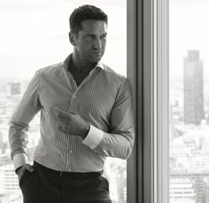 Was hält Mann heute vom Hemd?
