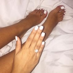 Makeuphall: The Internet`s best makeup, fashion and beauty pics are here. Gel Toe Nails, Acrylic Toe Nails, Simple Acrylic Nails, Feet Nails, Classy Nails, Stylish Nails, Pretty Toe Nails, Girls Nails, Healthy Nails