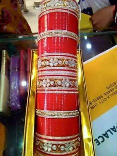 To wear Punjabi Chura, Punjabi Bride, Punjabi Wedding, Bridal Bangles, Wedding Jewelry, Chuda Bangles, Khan Khan, Punjabi Traditional Jewellery, Wedding Chura