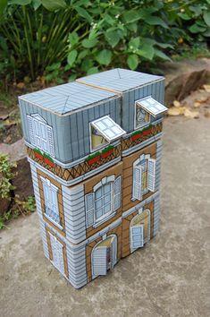 Cardboard House in Paris