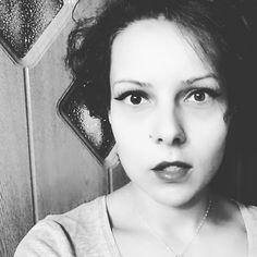AliceRockHippieCatMama (@alicerockhippiecatmama) • Fotografii şi clipuri video Instagram Hairstyles, Instagram, Fashion, Haircuts, Moda, Hairdos, Fashion Styles, Fasion, Hair Styles