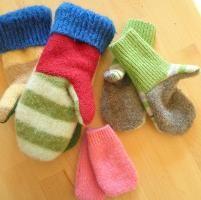 Sewing: Infant and Child Mitten Pattern