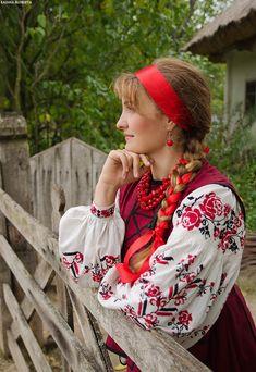 Ukrainian folk costume, ukrainian embroidery, ukrainian beauty