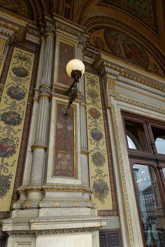 Wiener Staatsoper. Vienna, Austria.  Photo: Elena Dolgova (Jelena Fiala) Monuments, Viking River, Heart Of Europe, European Tour, Vienna Austria, Textile Design, Old And New, Vikings, Opera House