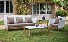 Meridian Wicker Outdoor Patio Lounge Chairs & Sofas