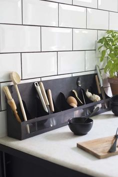 We've created a collection of unique bathroom storage units and shelves that will let you stamp your style on your bathroom storage choices. Bathroom Storage Units, Wood Storage Cabinets, Wooden Cabinets, Vintage Shelving, Library Cabinet, Wall Hanging Shelves, Tile Countertops, Kitchen Worktop, Cabinet Styles