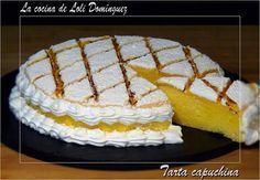 Compuesta de bizcocho, crema de yemas y merengue. Una delicia del blog LA COCINA DE LOLI DOMINGUEZ. Jello Recipes, Baking Recipes, Cake Recipes, Dessert Recipes, Cake Cookies, Cupcake Cakes, Cupcakes, The Joy Of Baking, Pastry And Bakery