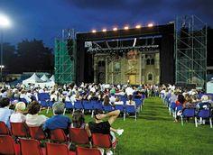 Lo Stadio Rigamonti Ceppi e il pubblico dello spettacolo