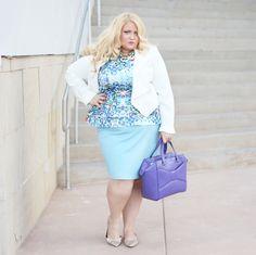 Jolene of Boardroom Blonde killing it in plus size pastels