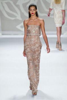 Monique Lhuillier S/S 2014 New York FW