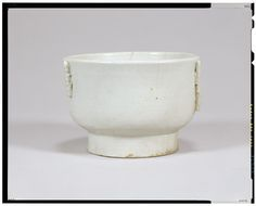 Bowl  Psyche white porcelain  Korea, Joseon dynasty, 19th c  National Museum of Tokyo