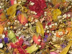 Natural Dried Mixed Flower Potpourri. by CountrySquirrelsNest