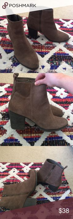 UO Ecote Suede Ankle Boots Like new medium brown suede ankle boots from Urban outfitters! Barely worn. 3 in heel.  Very comfortable Urban Outfitters Shoes Ankle Boots & Booties