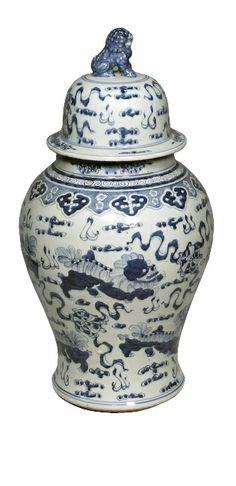 "24"" Foo Dog Temple Jar, Blue/White"