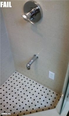 Is my plumber stupid or trying to kill me? Safety Fail, Safety Work, Fire Safety, Plumbing Humor, People Doing Stupid Things, Oh Hell No, Construction Fails, Work Fails, Electrical Safety
