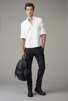 Mavi Myles Mid Rise Straight Leg Jeans Within the last 30 years, the evolution of Francisco Lachowski, Fashion Model Poses, Fashion Photography Poses, Cute Blonde Guys, Evolution Of Fashion, Casual Wear For Men, Boy Poses, Stylish Boys, How To Wear Scarves
