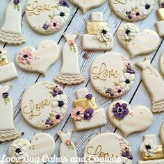 Wedding Cookies! Dress inspired by @thepaintedpastry!
