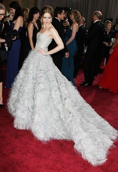 Shades of (very light) grey. Amy Adams. Oscars 2013. Obsessed.