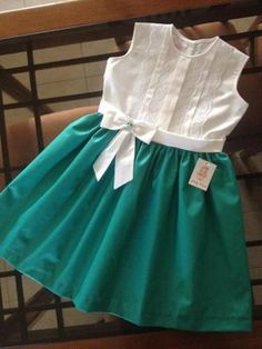 Clothes # for # girls – kinder mode Girls Frock Design, Kids Frocks Design, Baby Frocks Designs, Baby Dress Design, Baby Girl Frocks, Baby Girl Party Dresses, Frocks For Girls, Little Girl Dresses, Kids Dress Wear