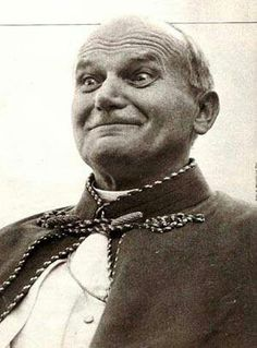 [Not gonna laugh...not laughing...don't laugh now.... (Pope John Paul II)--vlg 150607-1409]