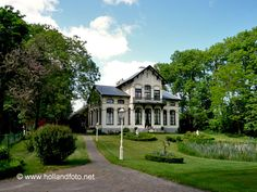 Oldambsterboerderij in Scheemda met herenhuis  --  www.hollandfoto.net