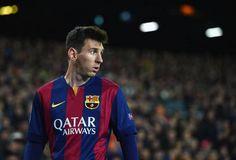 Messi a le plus grand salaire de tout les joueurs et fait de magnifique saison a Barcelone