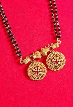 Made from zinc alloy and lightly embellished. Wear with ethnic attire. Gold Bangles Design, Gold Earrings Designs, Gold Jewellery Design, Necklace Designs, Gold Mangalsutra Designs, Mangalsutra Simple, South Indian Mangalsutra, Gold Jewelry Simple, Jewelry Model