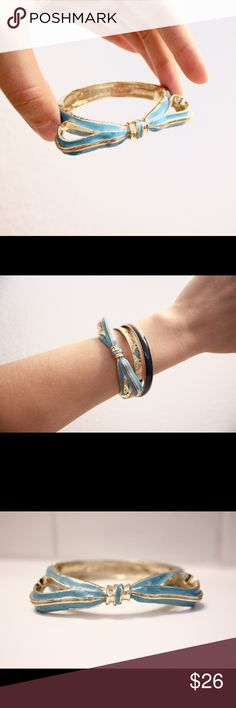 """NWOT Nordstrom Bracelet NWOT! Bought at Nordstrom, never worn! It's perfect for someone with small wrists! The inside diameter is 2 1/8"""". This bracelet, in Ice Blue, is slightly bigger than the Jet one I have listed. Bundle to save!! Rachel Leigh Jewelry Bracelets"""