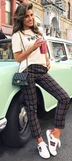 cool outfit_tee + bag + plaid pants + sneakers