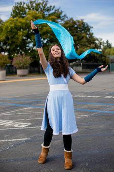 Anika Vodicka as Katara inspired by the Last Airbender Avatar Halloween Costume, Katara Costume, Animé Halloween, Avatar Costumes, Group Halloween Costumes, Halloween Cosplay, Halloween Outfits, Couple Halloween, Easy Cosplay