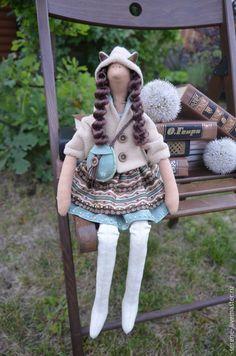 Купить Кукла Сильвия в стиле Тильда - бежевый, ручная работа, подарок, сувенир, ушки, зеленый