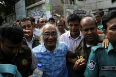Bangladesh 'stopped' editor from flying abroad