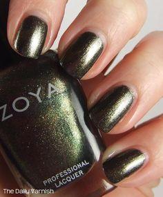Zoya 'Edyta', full size.