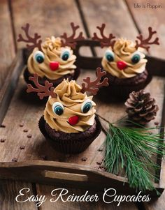 Easy Reindeer Cupcakes. Would you make these?
