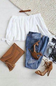 Spring Outfits - What To Wear With A Biker Jacket 2019 Cute Little Spring Outfit. Spring Outfits - What To Wear With A Biker Jacket 2019 Cute Little Spring Outfit. Mode Outfits, Sexy Outfits, Fall Outfits, Fashion Outfits, Teen Party Outfits, Outfits For Dates, Summer Crop Top Outfits, Spring School Outfits, Summer Outfits For Teen Girls Casual