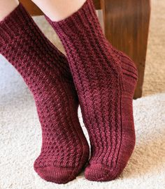 This listing is for the Araluen Socks KNITTING PATTERN PDF. Inspired by chilly nights spent in front of a blazing wood fire and designed with warmth and comfort in mind. This knitting pattern will make a lovely pair of cosy textured rib socks. These socks are knit cuff down and in the round. The pattern is provided with written instructions. Looking for matching patterns? Araluen Hat: https://www.etsy.com/au/listing/465426396 Araluen Fingerless Mitts: https:/&...