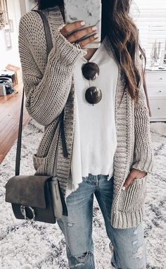 #fall #outfits women's gray knitted cardigan