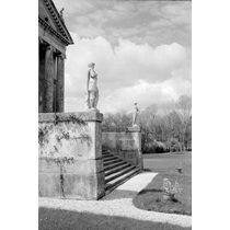 Villa Rotonda (Villa Almerico Capra), Vicenza: entrance steps and portico