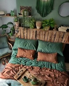 Bohemian Bedroom And Bedding Design – Dream Bedroom – Bedroom Ideas Dream Rooms, Dream Bedroom, Home Bedroom, Modern Bedroom, Bedroom Green, Trendy Bedroom, Gypsy Bedroom, Winter Bedroom, Garden Bedroom
