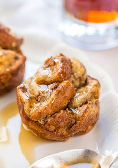 Baked French Toast Muffins - French toast that's baked in muffin cups is so much easier!! No stovetop flipping needed! Totally irresistible!