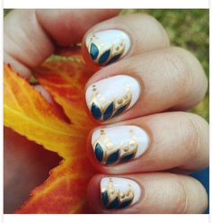 33 Earthy And Stylish Fall Nail Art Ideas #fallnails Please don't forget to  Like  Follow  Save &  Share Thank You!