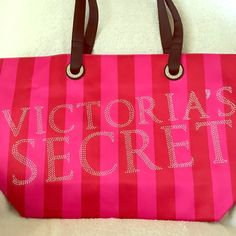 🎉SALE!🎉   New Large 💋Victoria's Secret Tote Large pink & red VS tote  I do consider offers & trades. Victoria's Secret Bags Totes