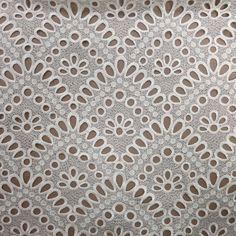 White Geometric Guipure Lace#GuipureLacesIdeas #GuipureLacesDress #Textiles #RexFabrics #Fashion #FashionFabrics #Tecidos #RexFabricsMiami