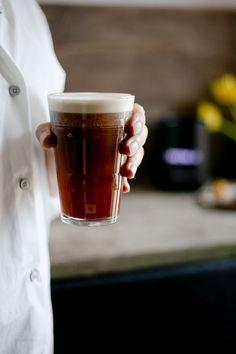 Nespresso- Iced Nitro Coffee #coffee #icedcoffee #coldbrew | via @annabanana.co Coffee Van, Espresso Coffee, Best Coffee, Coffee Shop, Coffee Lovers, Barista Recipe, Coffee Mugs With Logo, Coffee Franchise, Iced Coffee