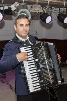 Nunta Andreea si Mircea la Restaurant La Mia Musica Bucuresti. Muzica live asigurata de Formatie Nunta Andrei Racu Band www.andreiracuband.ro