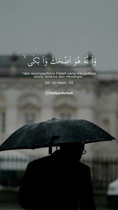 Pray Quotes, Hadith Quotes, Quran Quotes Love, Muslim Quotes, Self Love Quotes, Religious Quotes, Words Quotes, Qoutes, Quran Wallpaper